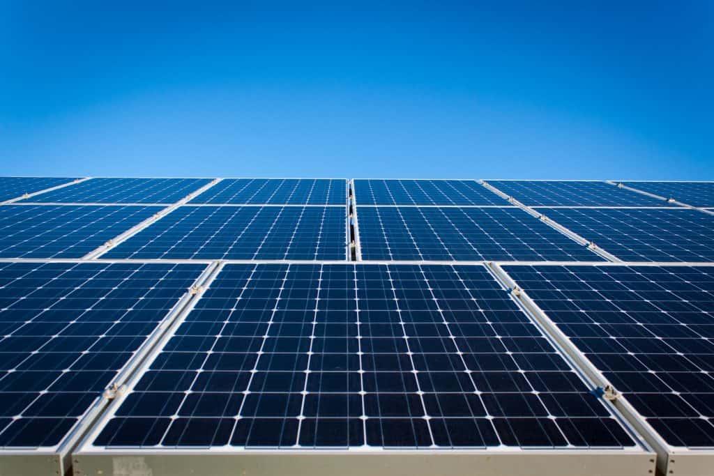 پانل های خورشیدی چیست؟
