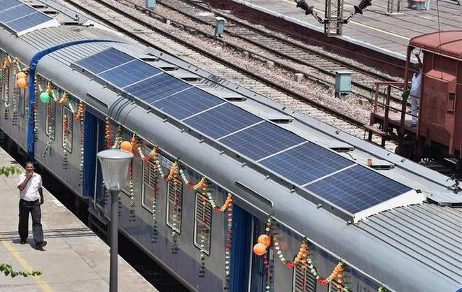 افتتاح اولین قطار خورشیدی