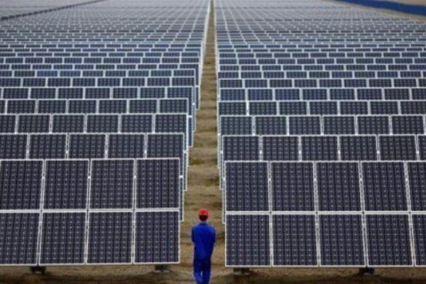 چگونه انرژی خورشیدی کارآمدتر و مقرون به صرفه باشد؟