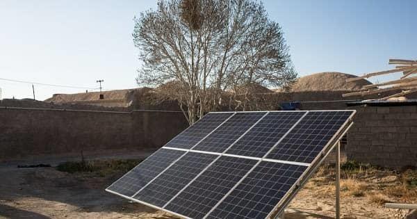 520 نیروگاه خورشیدی کمیته امداد کرمان بهره برداری رسید
