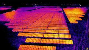 تصویر برداری نیروگاه خورشیدی بزرگ مقیاس فتوولتائیک